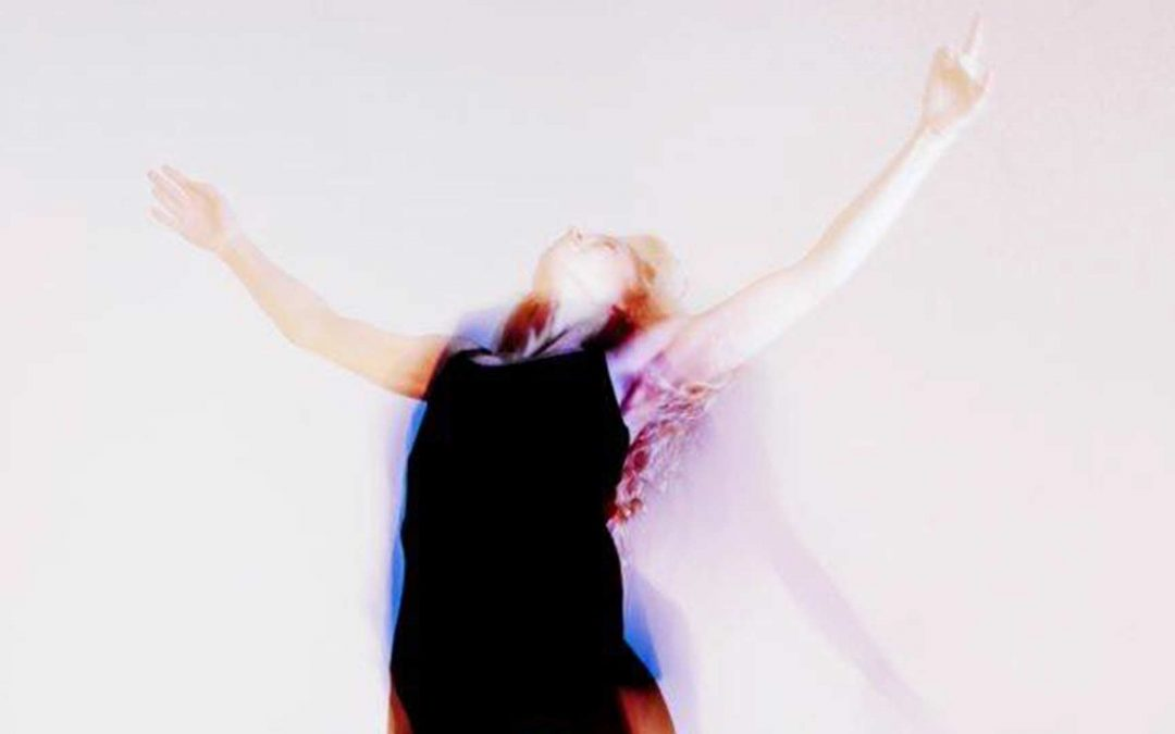 SAMEDI 10 OCTOBRE : DANSE ET LIBERTE  danse méditative, créative et intuitive.